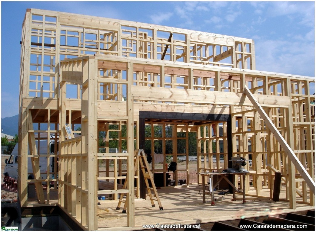 Sistema estructural s lido adaptable a su dise o - Casas con estructura de madera ...
